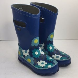 NWOB Bogs Rain Boots Waterproof Flower Blue Sz7,8
